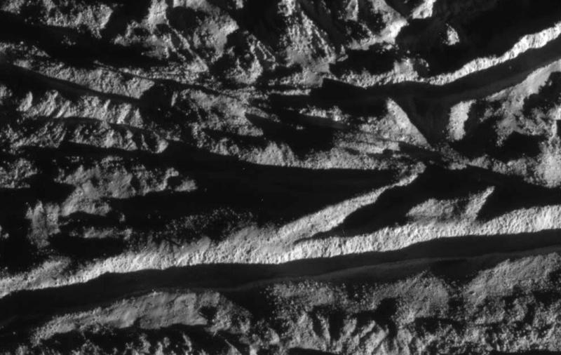 Спутник Сатурна Энцелад